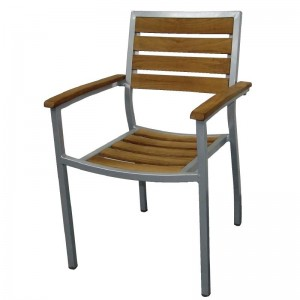 Bolero Y820: Wood and Aluminium Outdoor Chairs (Pack of 4)